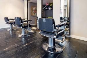 Kapsalon stoelen in PureRené hair+skincare